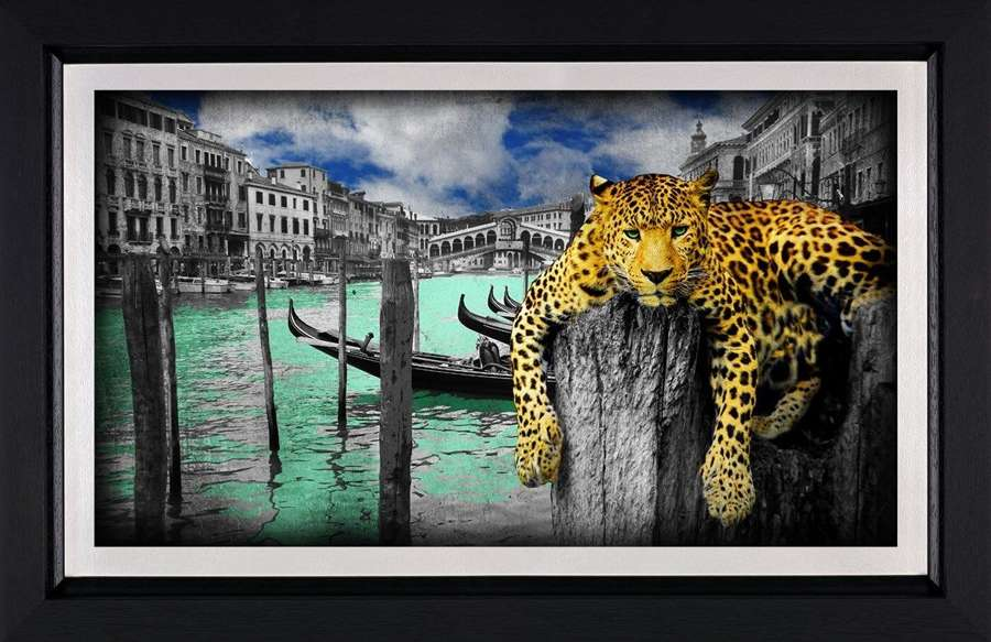 Hanging in Venice - Framed Art Print by Lars Tunebo