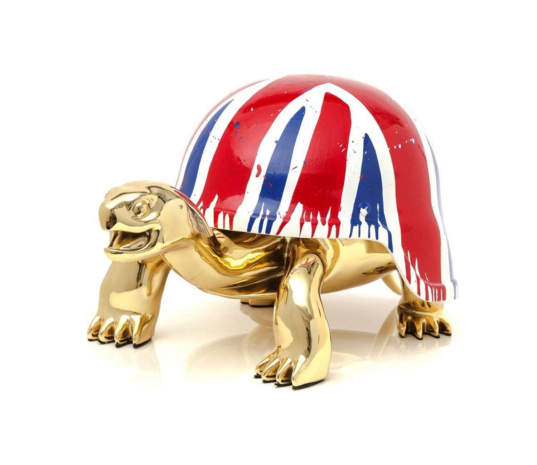 Union Jack - Sculpture by Diederik Van Apple