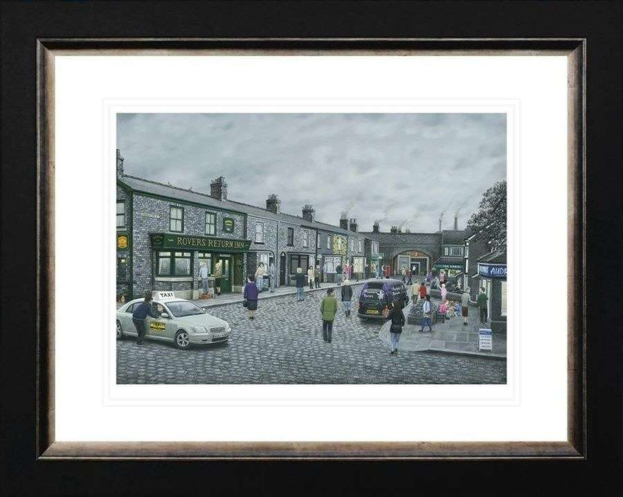 On The Cobbles - Framed Art Print By Leigh Lambert