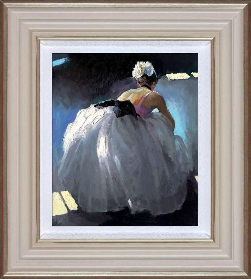 Tranquil Beauty - Framed Art Print By Sherree Valentine Daines